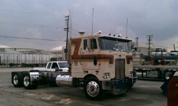 Twin stick cabovers