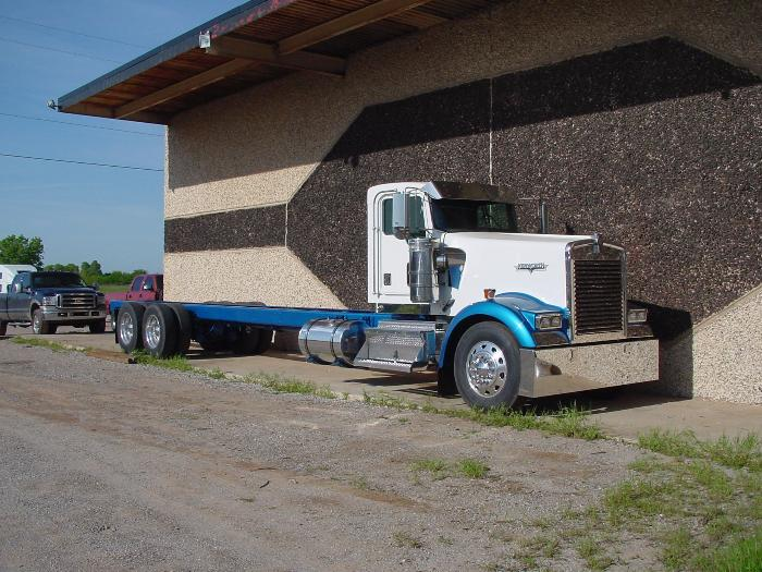 kenworth pickup truck - 700×525