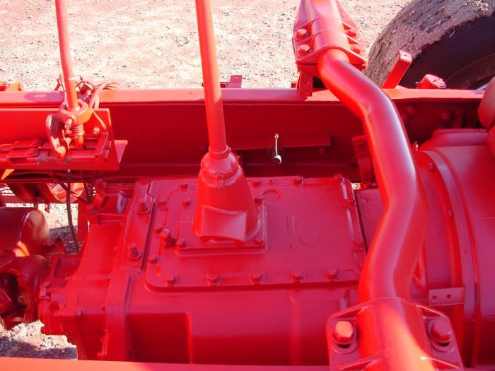 Rotating Push Pull Linkage : Push or pull clutch linkage on a autocar